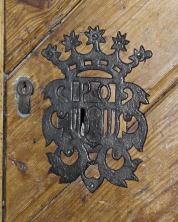 Forja Cal Biel - Bocaclaus amb l'escut de Poblet