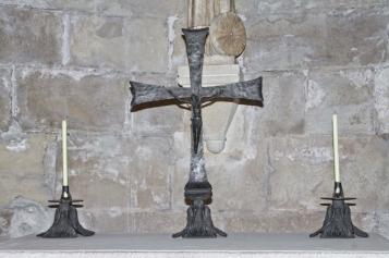Forja Cal Biel - Creu i candelers de la capella de Santa Tecla.