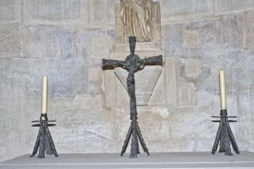Forja Cal Biel - Creu amb crucifix de la capella de Sant Josep.
