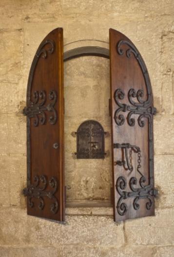Forja Cal Biel - Armari del Sans Olis de la capella dels Germans.